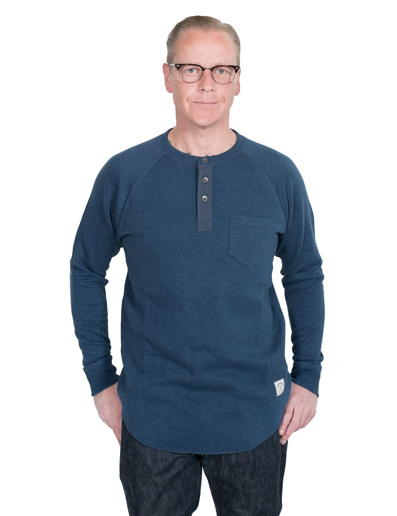 iron-resin-hat-trick-henley-navy-01