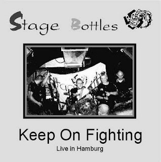 stage-bottles-keep-on-fighting-live-in-hamburg-lp