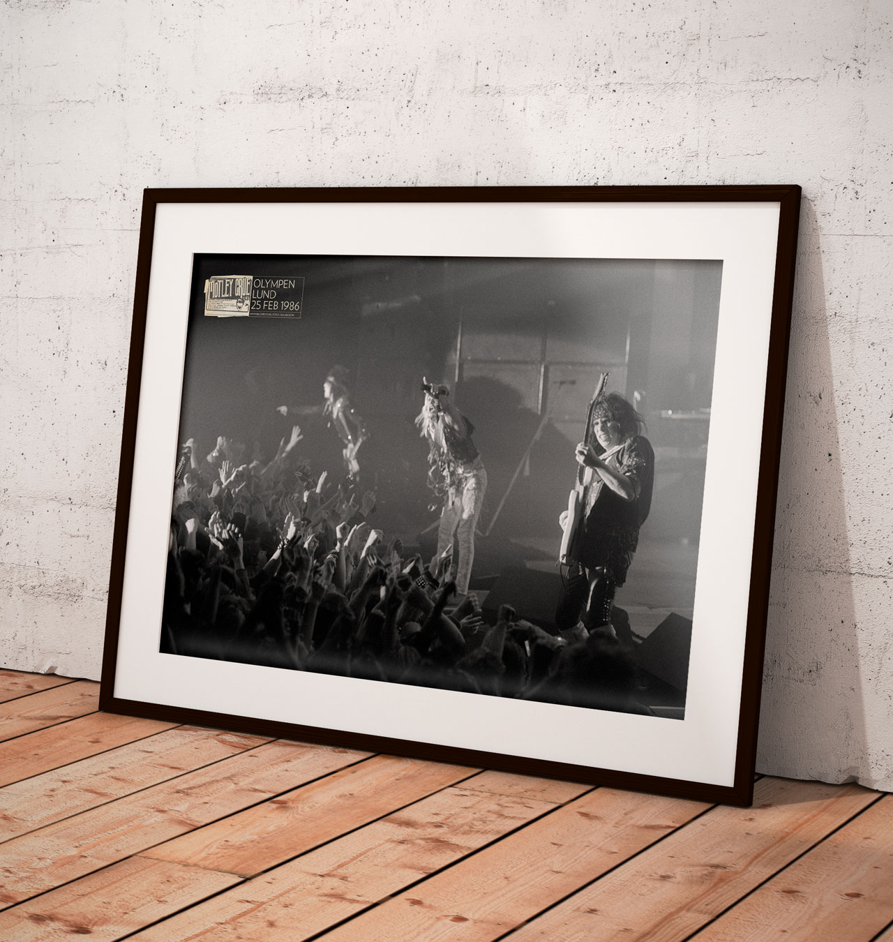 Photo Print - Mötley Crüe at the Olympen February 25, 1986. ´Theater of Pain´ T