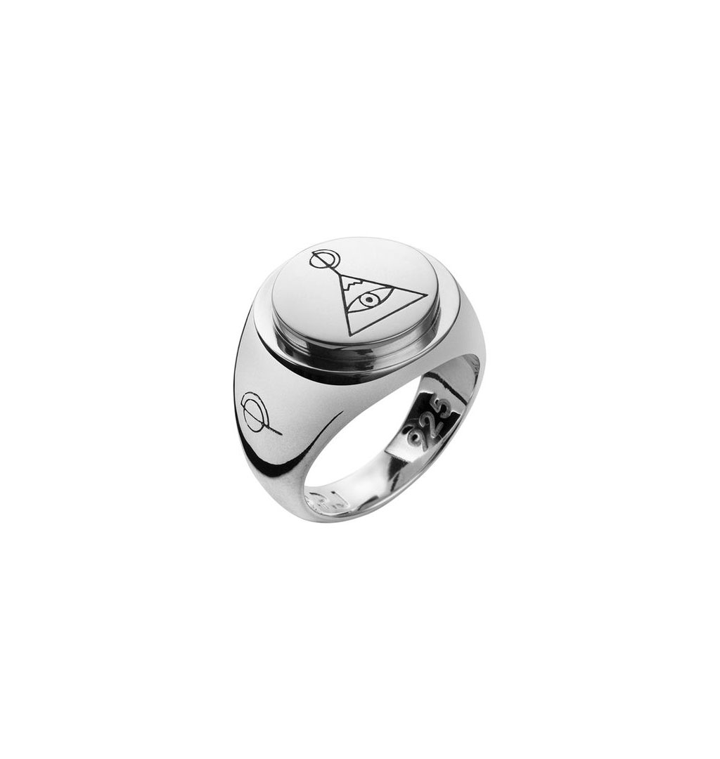 O.P Jewellery - Pyramid Signet Ring Small - Silver
