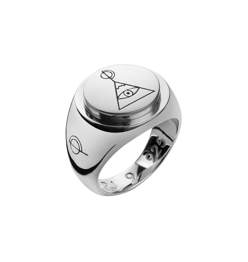 op-jewellery-pyramid-ring-silver-01